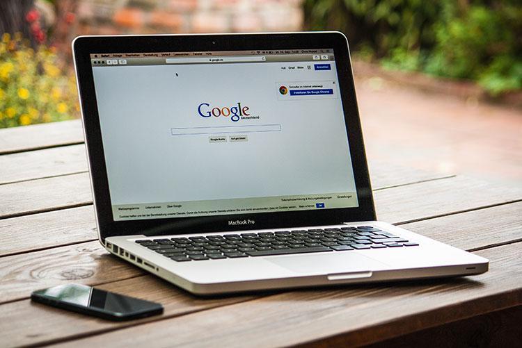 Création de site internet, réseaux sociaux, référencement, ...